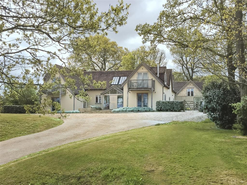 5 Bedrooms Detached House for sale in Rodbourne, Wiltshire