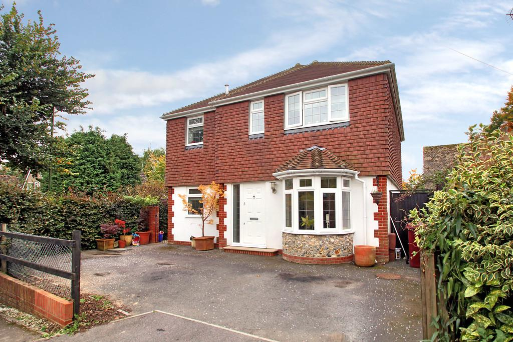 3 Bedrooms Detached House for sale in Boxgrove, Chichester