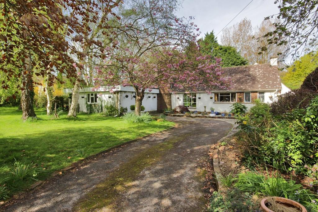 5 Bedrooms Detached House for sale in Itchenor, Near Chichester