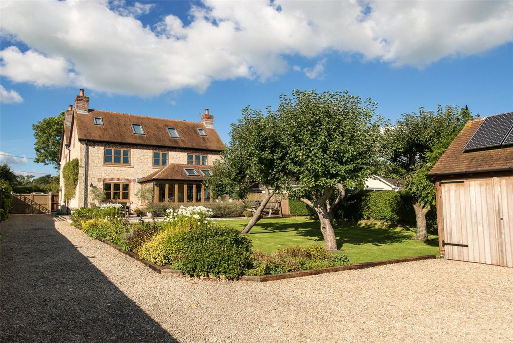 5 Bedrooms Detached House for sale in Dover Street, Stour Row, Shaftesbury, SP7