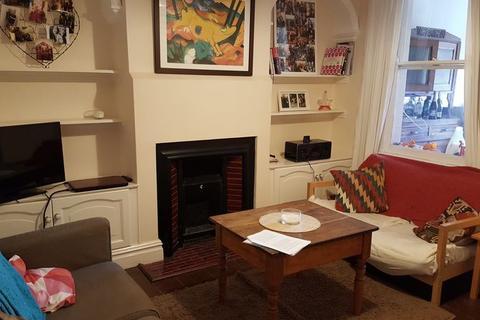 4 bedroom terraced house to rent - Coronation Avenue , Bath