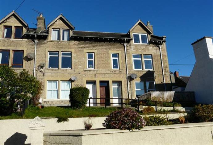 2 Bedrooms Flat for sale in 6 Kilknowe, Earlston, TD4 6HN