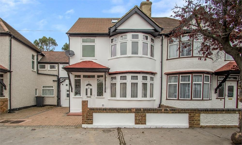 4 Bedrooms Terraced House for sale in Lindfield Road, Addiscombe, Croydon, Surrey