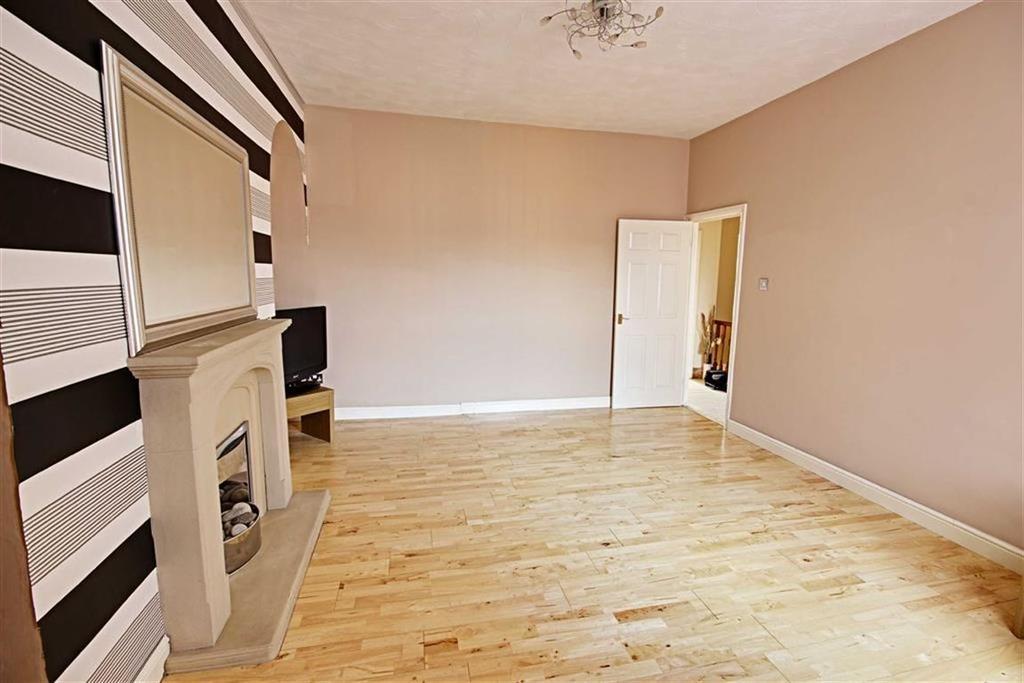 3 Bedrooms Flat for sale in Wilberforce Street, Jarrow, Tyne And Wear