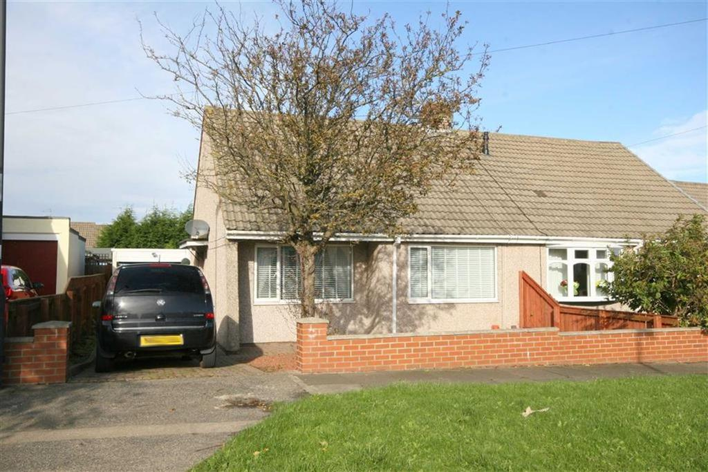 2 Bedrooms Semi Detached Bungalow for sale in Langley Avenue, Shiremoor, Tyne Wear, NE27