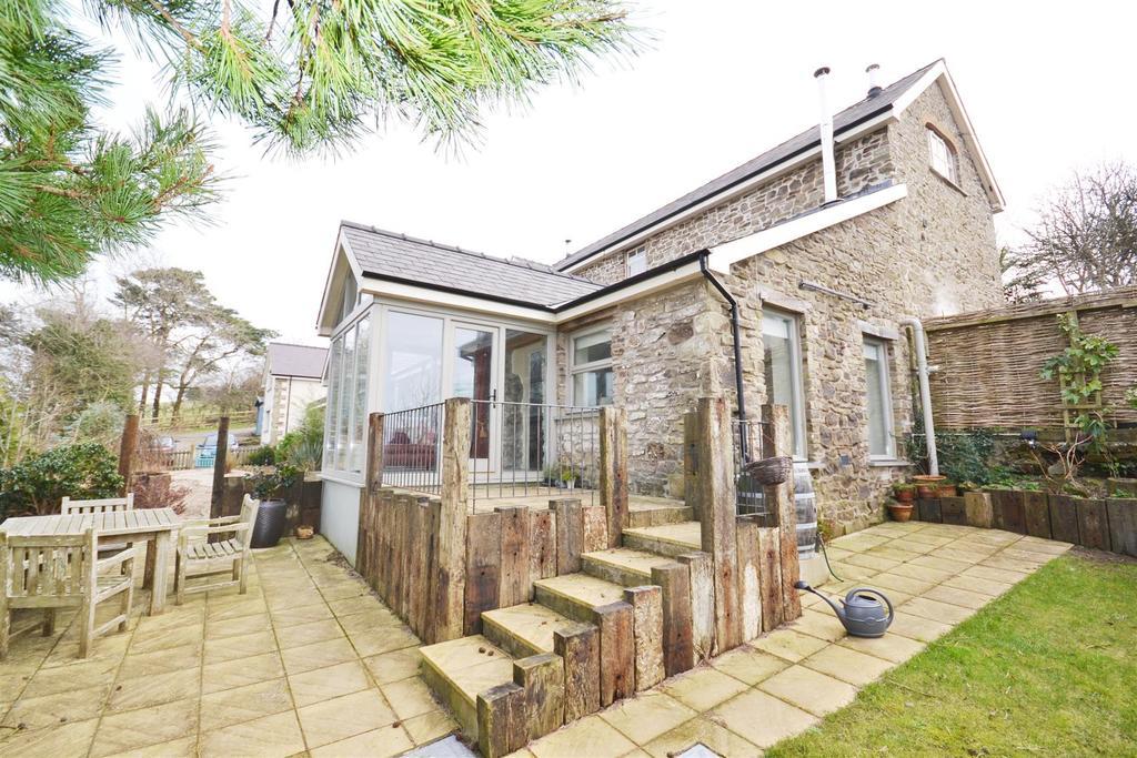 9 Bedrooms Detached House for sale in Llansteffan, Carmarthen