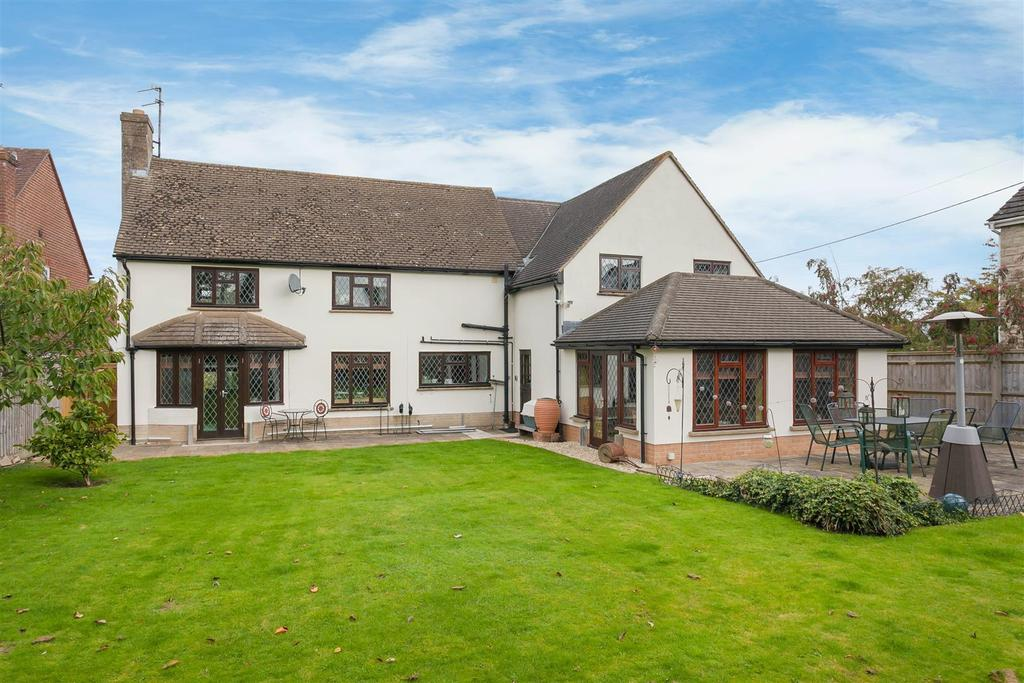 5 Bedrooms Detached House for sale in Crown Road, Wheatley