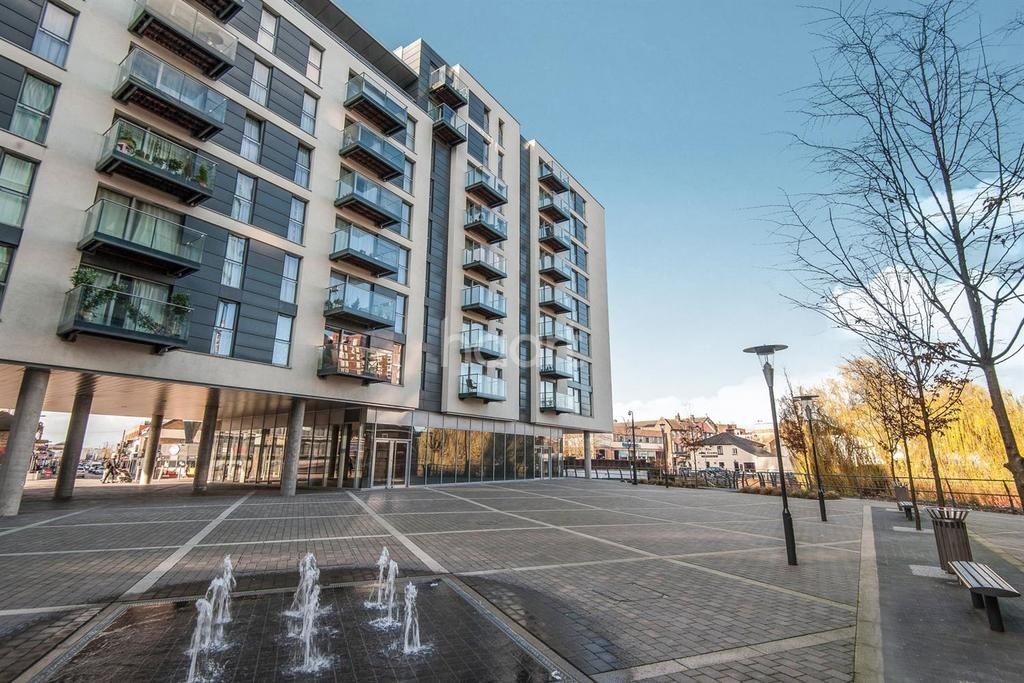 Studio Flat for sale in Hayes Town