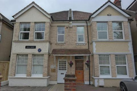 2 bedroom apartment to rent - Hove BN3
