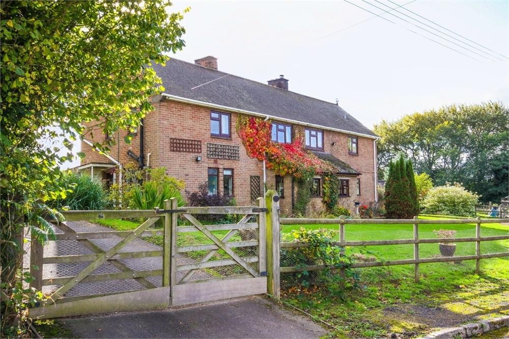 4 Bedrooms Detached House for sale in Marston, Risbury, Herefordshire