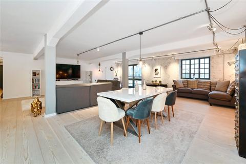 3 bedroom flat for sale - New Crane Place, London, E1W