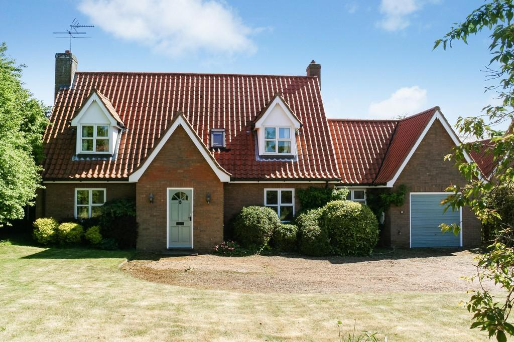3 Bedrooms Detached House for sale in The Knoll, Alderton
