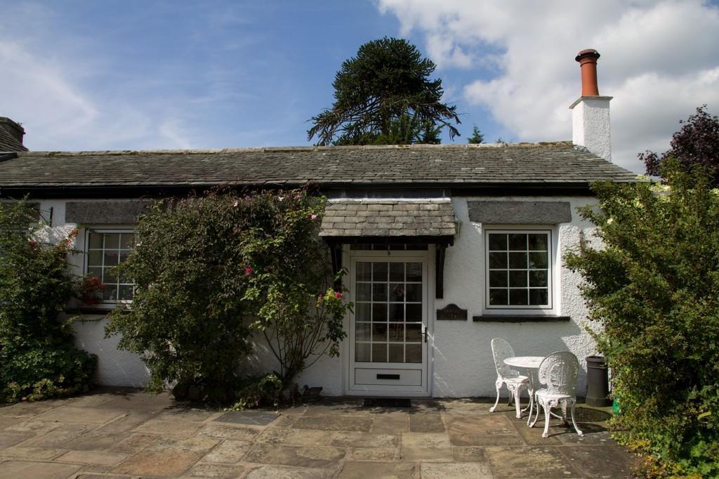 1 Bedroom Cottage House for sale in Drakes Cottage, 9 Aynsome Manor Park, Aynsome Lane, Cartmel, Grange over Sands, Cumbria, LA11 6HH