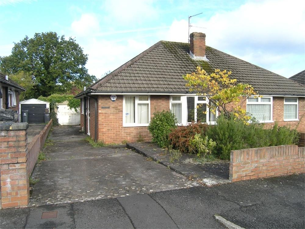 2 Bedrooms Semi Detached Bungalow for sale in The Fairway, Cyncoed, Cardiff