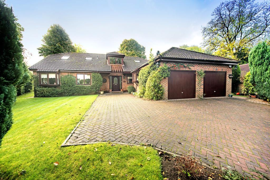 6 Bedrooms Detached House for sale in Hornbeam Crescent, Harrogate