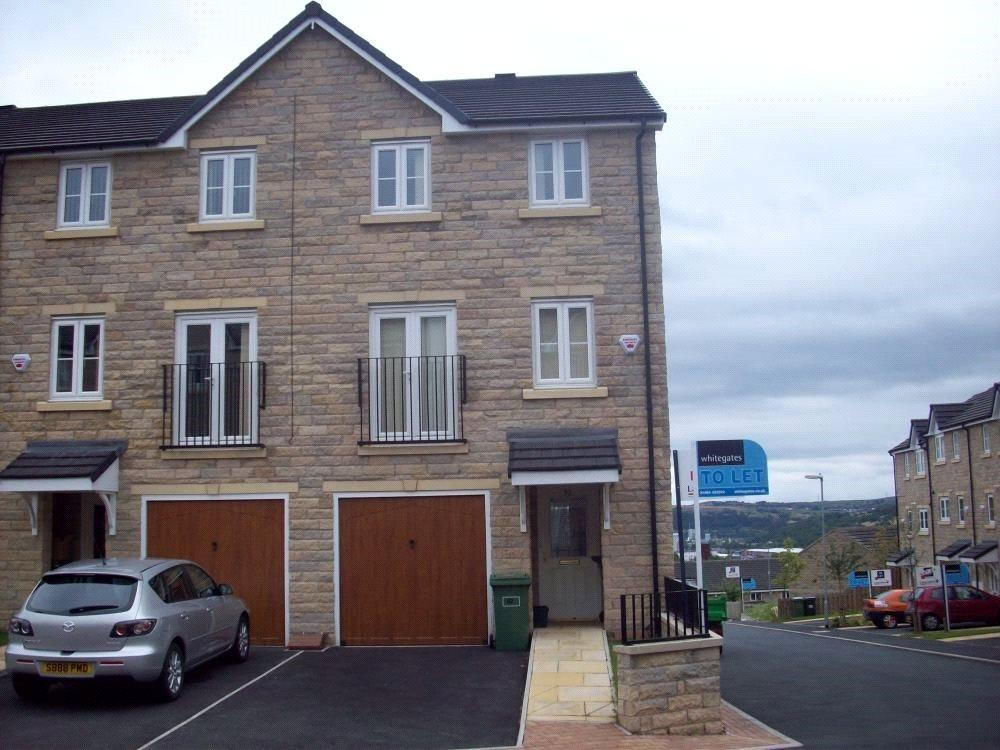3 Bedrooms House for sale in Clare Hill, Huddersfield, HD1