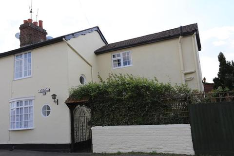 2 bedroom cottage to rent - Whitehall Close, Colchester, CO2