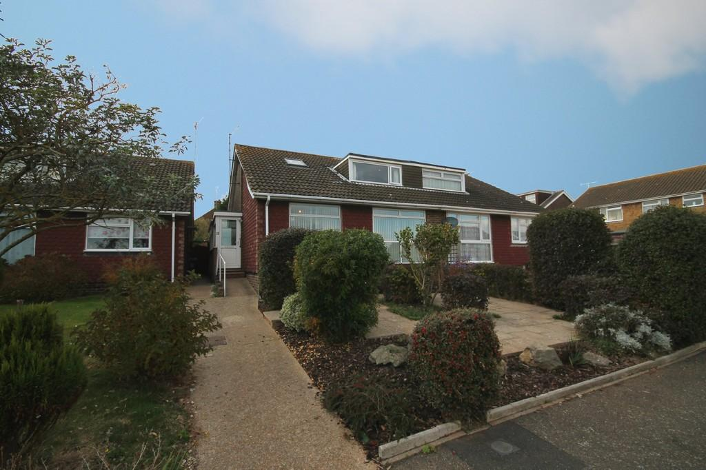 4 Bedrooms Semi Detached Bungalow for sale in Test Road, Sompting, Lancing BN15 0EG