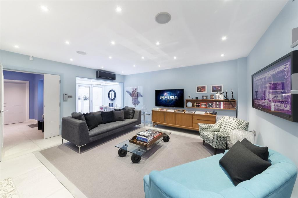 3 Bedrooms Terraced House for sale in Chapter Street, Westminster, London, SW1P