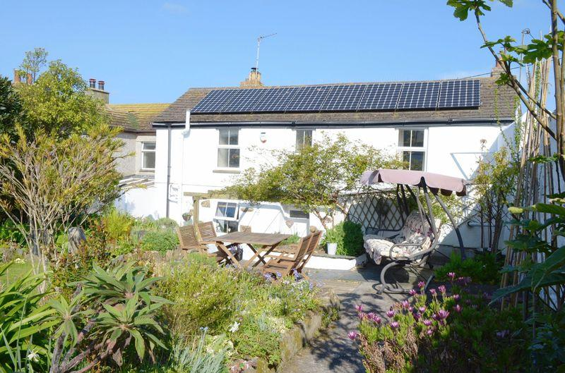 4 Bedrooms End Of Terrace House for sale in Prospect Place, Hayle