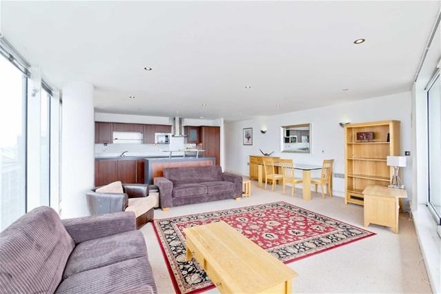 3 Bedrooms Flat for sale in Coral Apartments, 17 Western Gateway, London