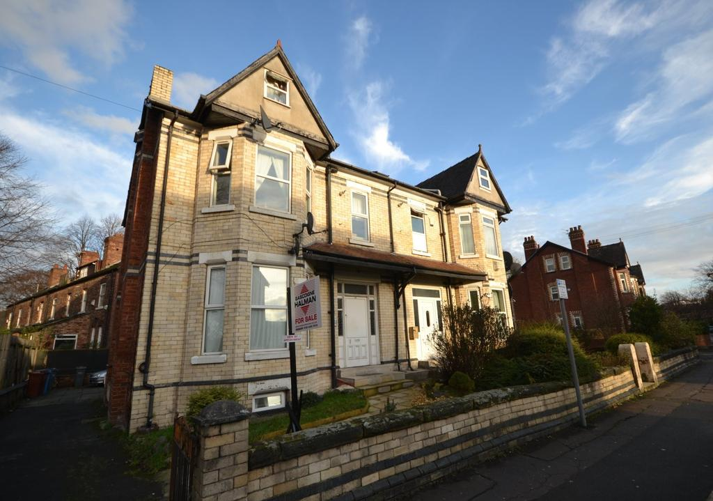 Semi Detached House for sale in Everett Road, Withington