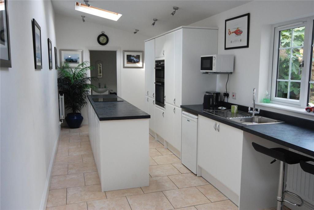2 Bedrooms Terraced House for sale in Ferris Town, Truro, Cornwall