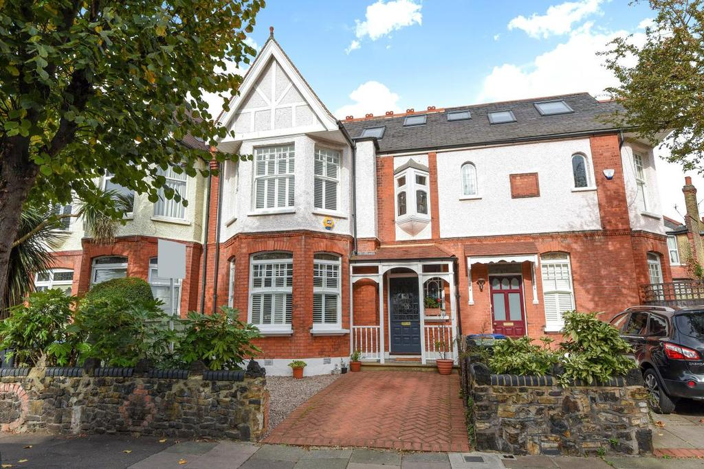 6 Bedrooms Semi Detached House for sale in Conway Road, Southgate, N14