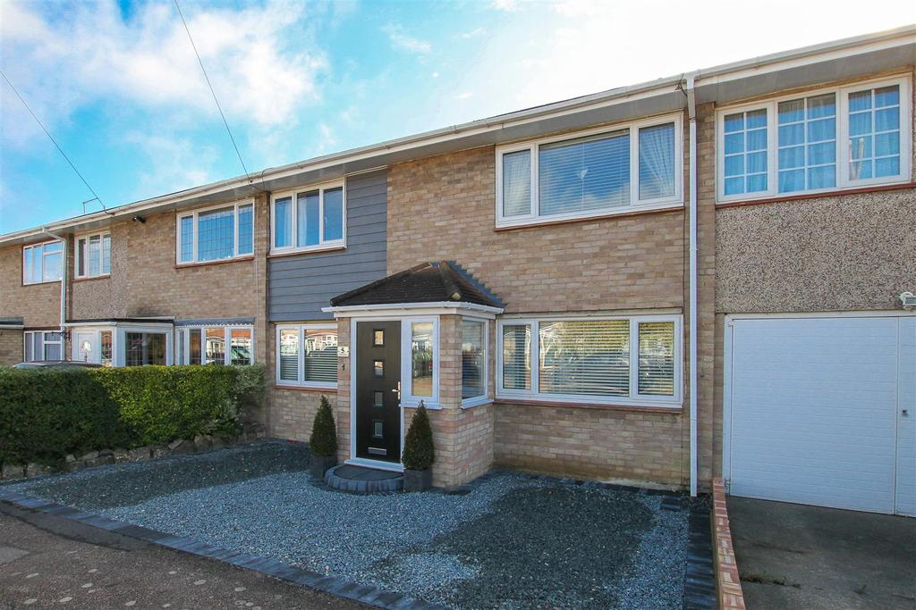 4 Bedrooms Terraced House for sale in Kelvedon Hatch, Barley Field, Brentwood