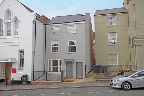 3 bedroom townhouse for sale - Augusta Place, Leamington Spa