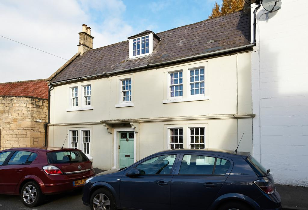 4 Bedrooms End Of Terrace House for sale in Box, Corsham