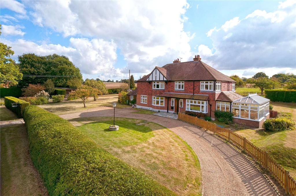 4 Bedrooms Equestrian Facility Character Property for sale in Frittenden Road, Biddenden, Kent, TN27