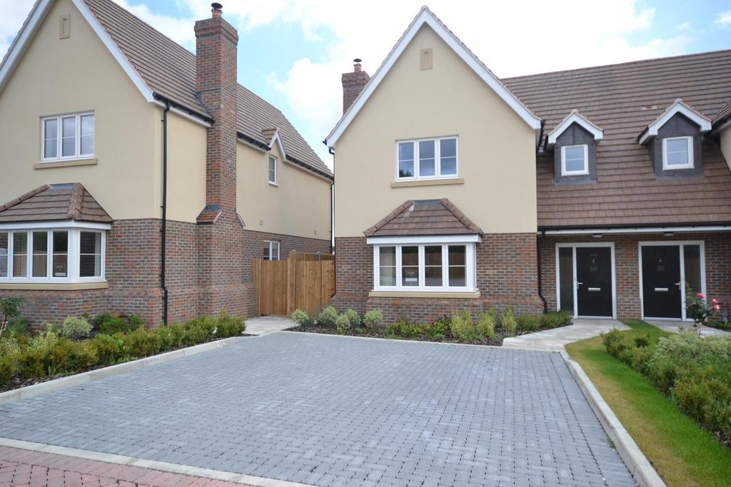 4 Bedrooms Semi Detached House for sale in Plot 3 Dunmow Road, Beauchamp Roding, Essex, CM5