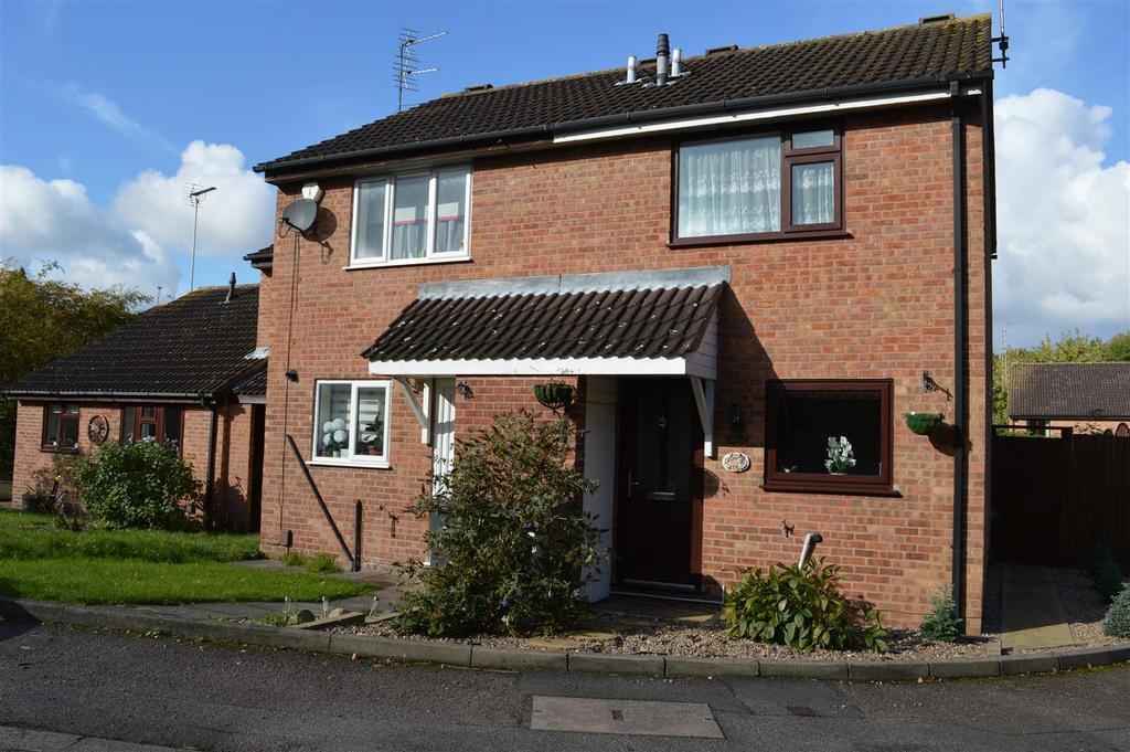 2 Bedrooms Town House for sale in Blackthorn Drive, Anstey Heights