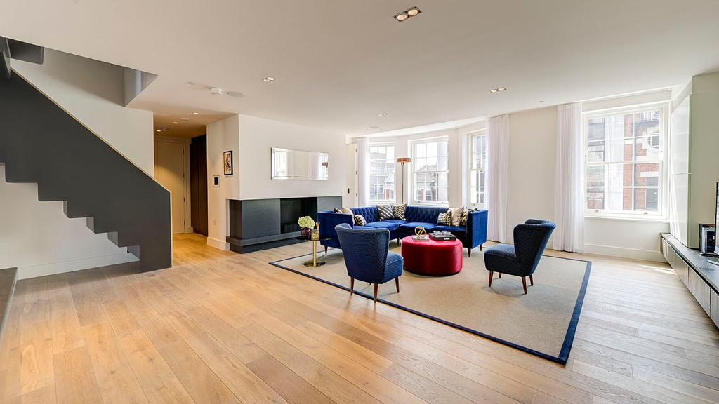 4 Bedrooms Flat for sale in Great Marlborough Street, London. W1F
