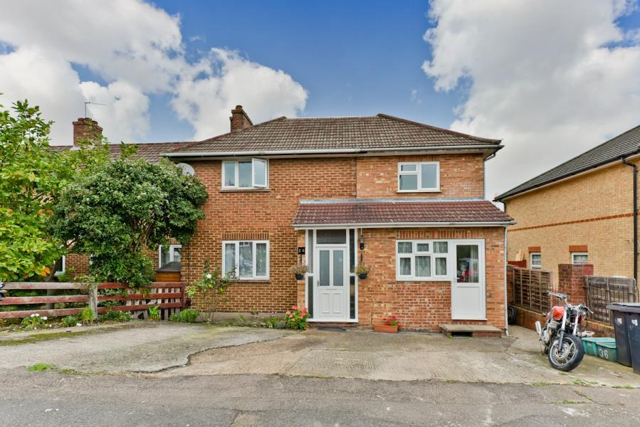 4 Bedrooms House for sale in Addison Gardens, Surbiton KT5