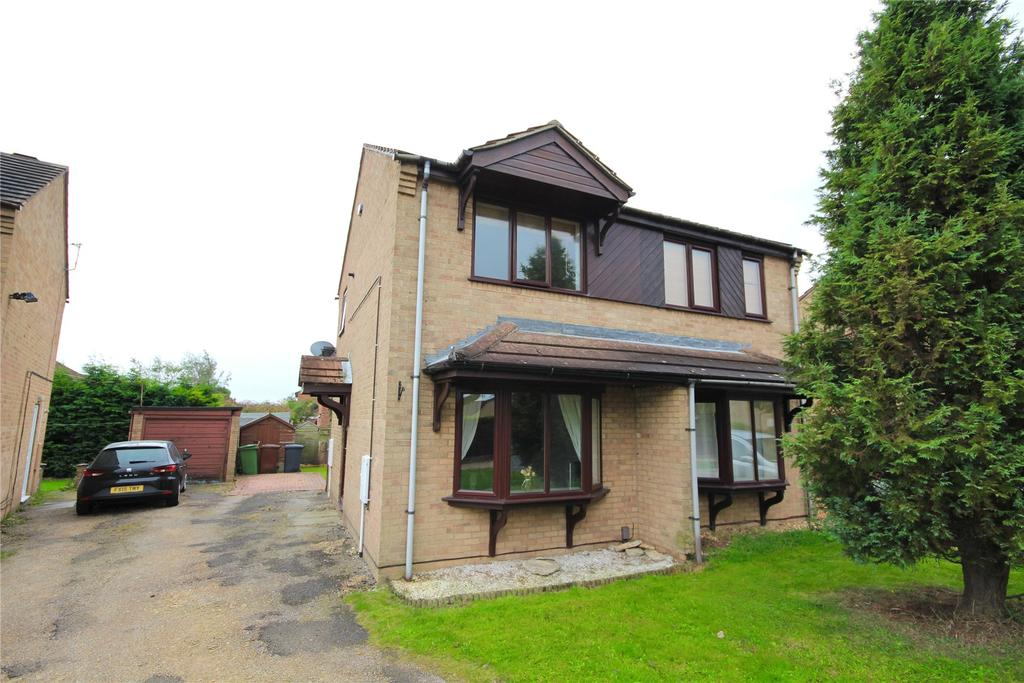 2 Bedrooms Semi Detached House for sale in Chedworth Road, Lincoln, LN2