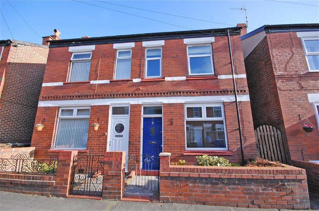 2 Bedrooms Semi Detached House for sale in Hazel Street, Hazel Grove, Cheshire