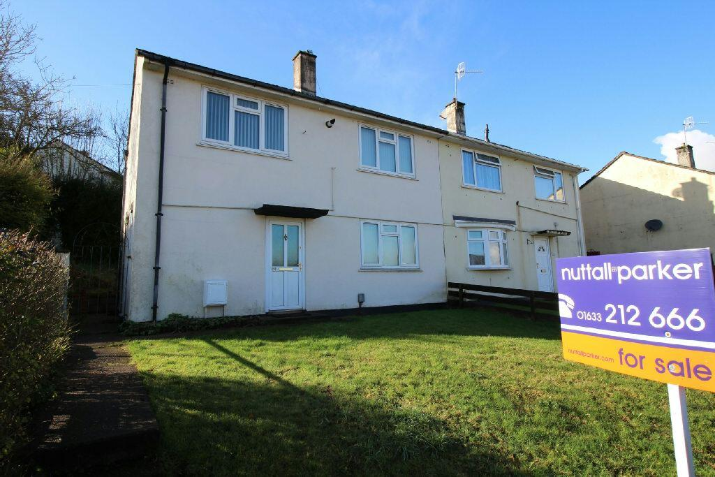 3 Bedrooms Semi Detached House for sale in Pillmawr Circle, Newport