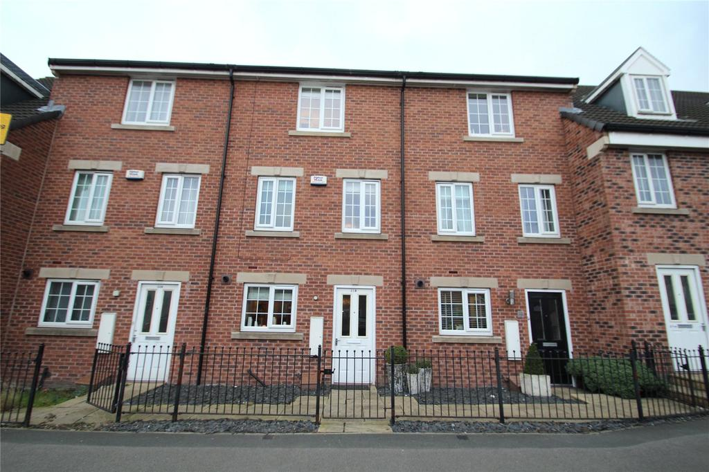 4 Bedrooms Terraced House for sale in Holywell Lane, Castleford, WF10