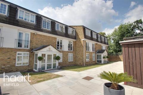 2 bedroom flat to rent - Amesbury Court - Crofton Way - EN2