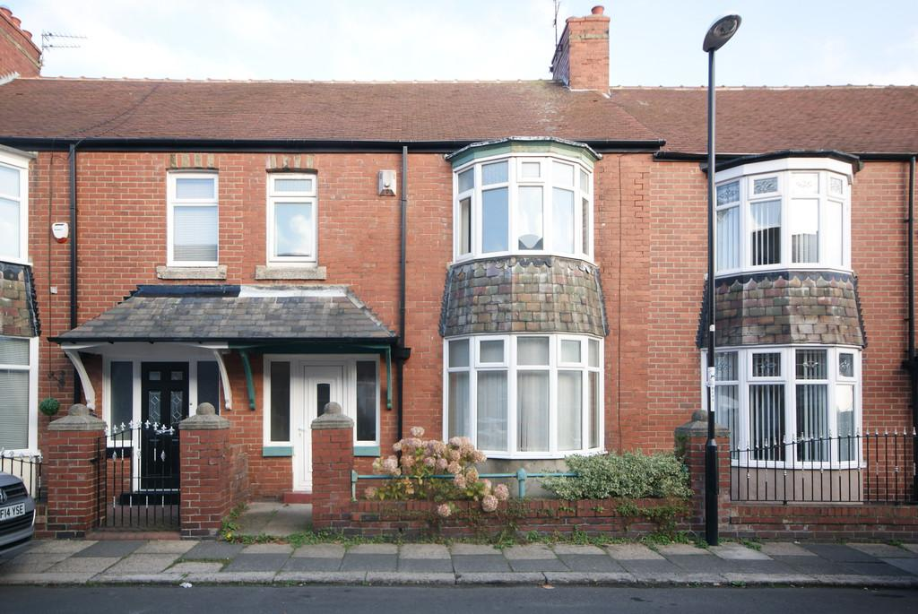 3 Bedrooms Terraced House for sale in Ashleigh Grove, Fulwell