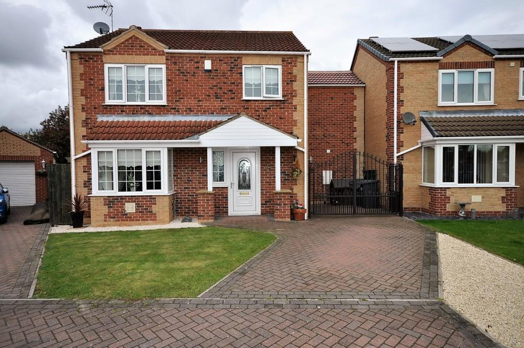 3 Bedrooms Detached House for sale in Kingsmede, Moorends, Doncaster