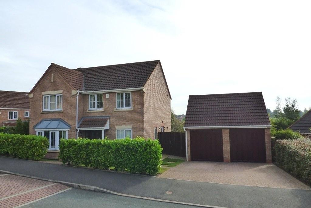 4 Bedrooms Detached House for sale in Yarrow Close, Brizlincote Valley, Burton upon Trent