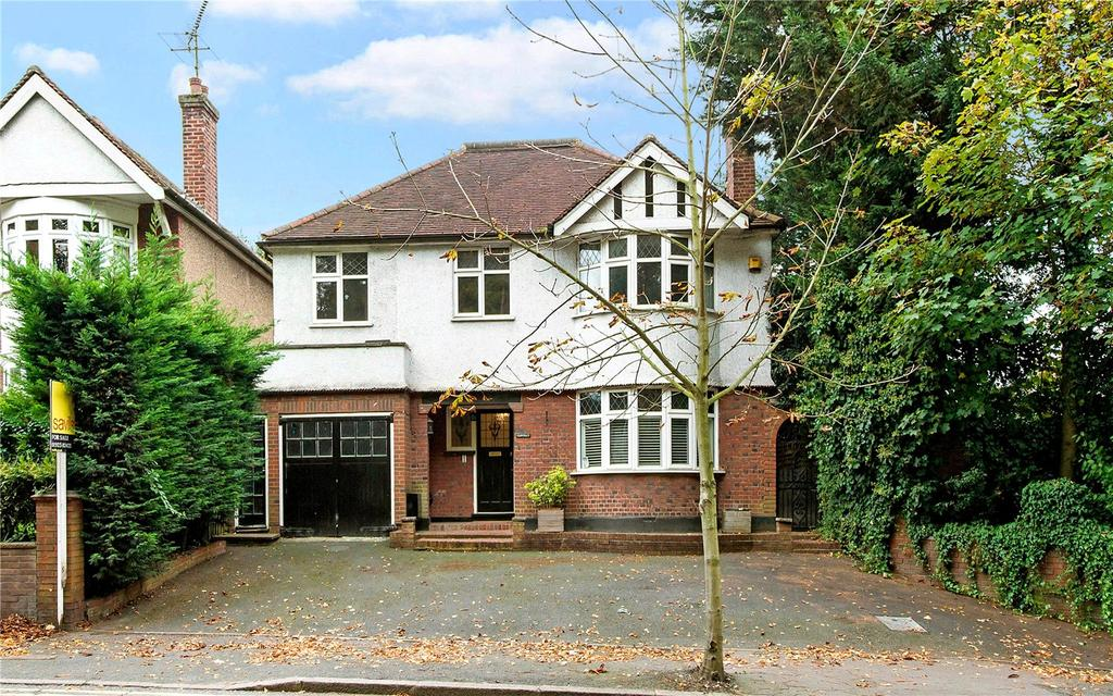 4 Bedrooms Detached House for sale in Deacons Hill, Watford, Hertfordshire, WD19