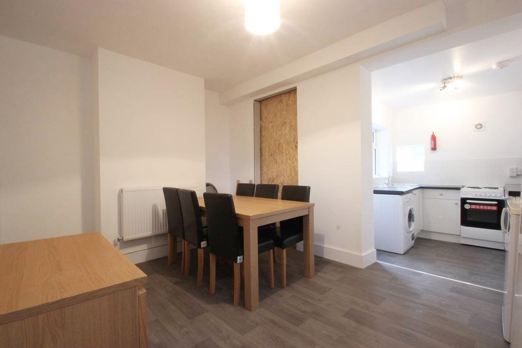 5 Bedrooms End Of Terrace House for rent in Cardigan Street, Jericho OX2