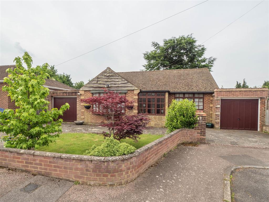 3 Bedrooms Bungalow for sale in Fauchons Close, Bearsted, Maidstone