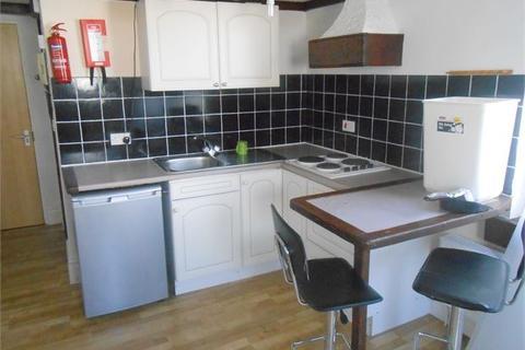 Studio to rent - The Promenade, Mount Pleasant, Swansea, SA1 6EN