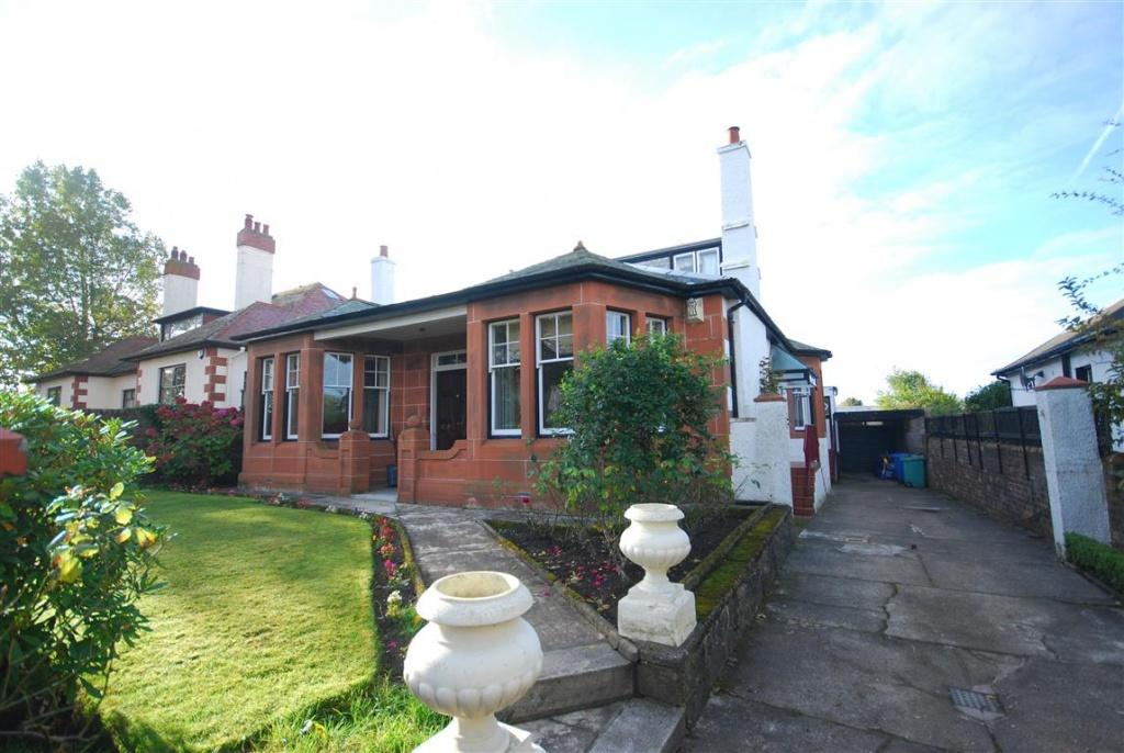 5 Bedrooms Detached Bungalow for sale in 18 Bellevue Road, Prestwick, KA9 1NW