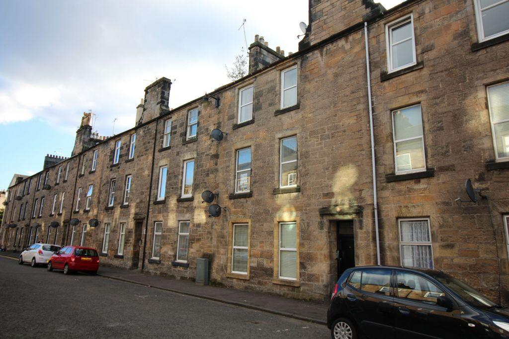 2 Bedrooms Flat for sale in 9 Bruce Street, Stirling, FK8 1PD